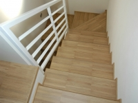 scala legno chiaro