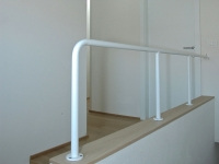 balaustra tubo verniciato