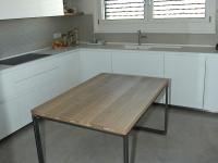 tavolo struttura acciaio grezzo e piano doghe rovere massello