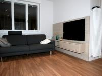 parete tv con contenitore sospeso